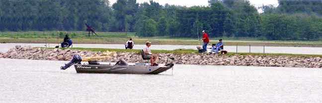 http://www.btwf.net/uploads/Lakside_Fishing_Boat.jpg